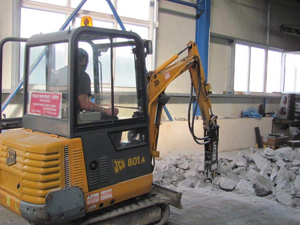 Demolice betonů a podlah v halách 1