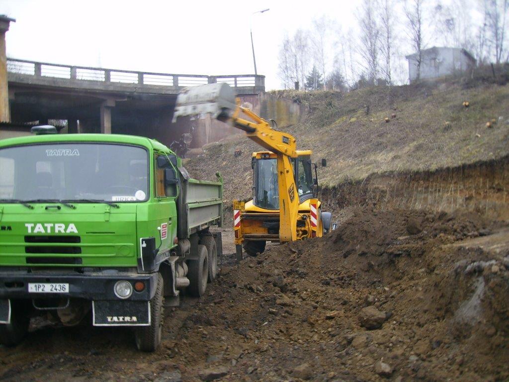 Provádíme zemní práce, veškeré terénní úpravy a demolice 01 (2)